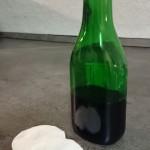 Petersilientinktur in der Flasche